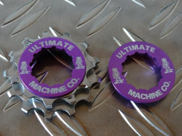 "Ultimate Machine Lockring Kassettenabschlussring ""Purple"""