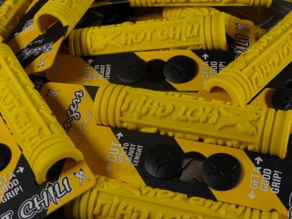 """Hot Chili Tricky Fingers MTB-Griffe """"Gelb"""" NOS"""